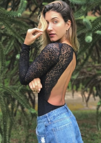 Gabriela Pugliese veste Valisere Body Manga Longa Tropical Hit Valisere - Look do dia
