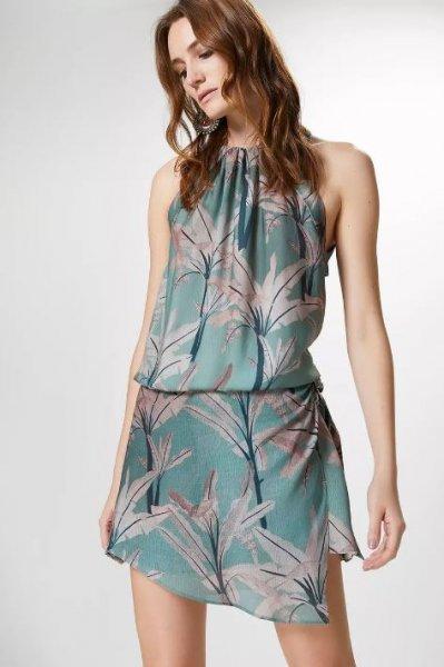 Carol Magalhaes veste Canal Concept Vestido Pecz Estampada - Look do dia - lookdodia.com-02