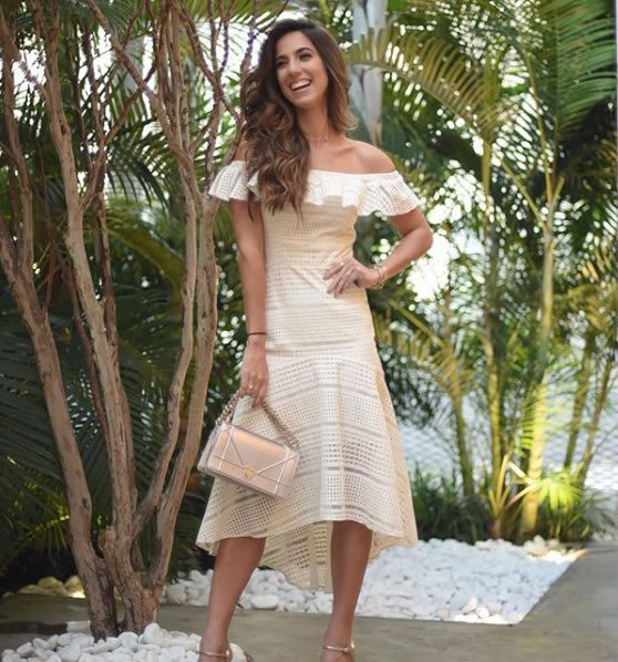 Luiza Sobral veste Canal Concept Vestido Inhotim Natural - Look do dia - lookdodia.com