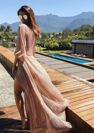 Marina Candia veste Tugore Vestido Plissado Marie - Look do dia - lookdodia.com