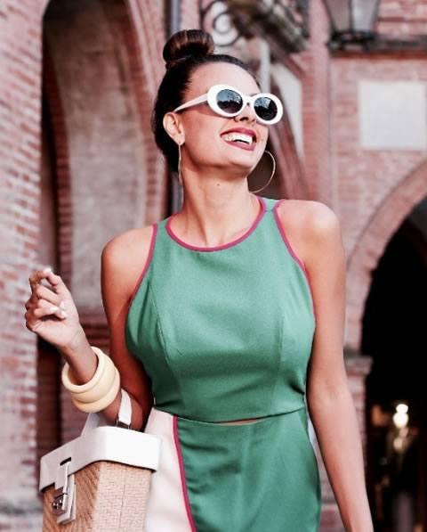 Nicole Bernardes veste Morena Rosa Vestido Compose Verde - Look do dia - lookdodia.com