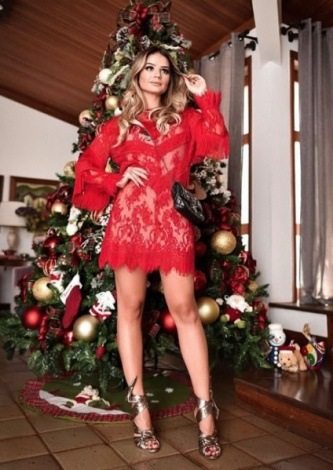 Thassia Naves veste Nkstore Vestido Milene Vermelho - Look do dia - lookdodia.com