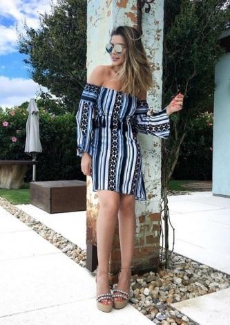 Paula Feijo veste Ton Age Vestido Stripes Blue Black - Look do dia - lookdodia.com