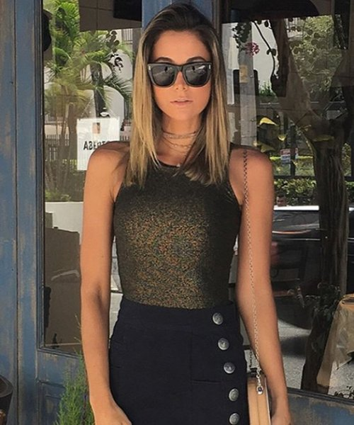 Juliana Meireles veste Letage Saia Sarja Bella - Look do dia - lookdodia.com-02