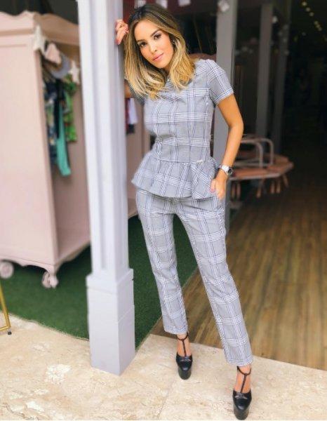 Giovanna Morete veste Blessed Store Conjunto Xadrez Cinza - Lookdodia - lookdodia.com
