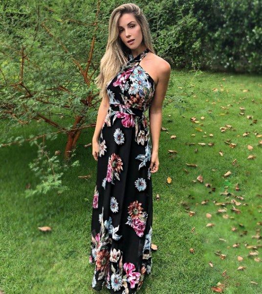 Monique Storch veste Zinzane Vestido Longo Floral - Look do dia - lookdodia.com