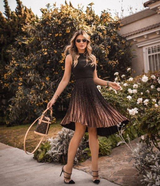 Thassia Naves veste Galeria Tricot: Vestido Andaluzia Preto - Look do dia