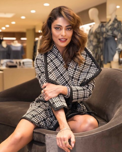 Juliana Paes veste Le Lis Blanc Casaco Flora Xadrez - Look do dia - lookdodia.com