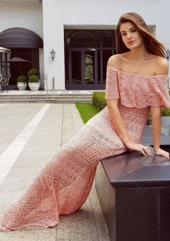 Vestido Tricô Laura Ombro A Ombro Rosa - Look do dia Camila Queiroz
