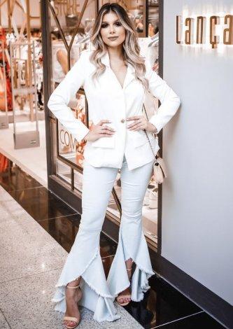 Blazer Branco Slim Lança Perfume - Look do dia - Eduarda Santana
